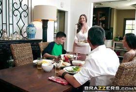 Film porno brazzers in familie