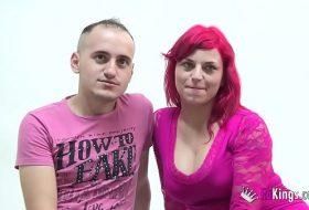 Cuplu de romani in roz se fut la casting